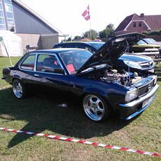 Opel ascona b c20let turbo