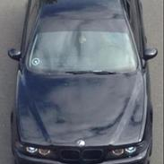 BMW E39 Black On Black