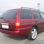 Ford Escort st. car