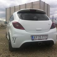 Opel Corsa D OPC 2,8 V6 Turbo
