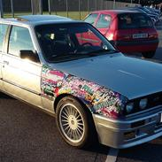 BMW E30 323i (325i) 4 dørs