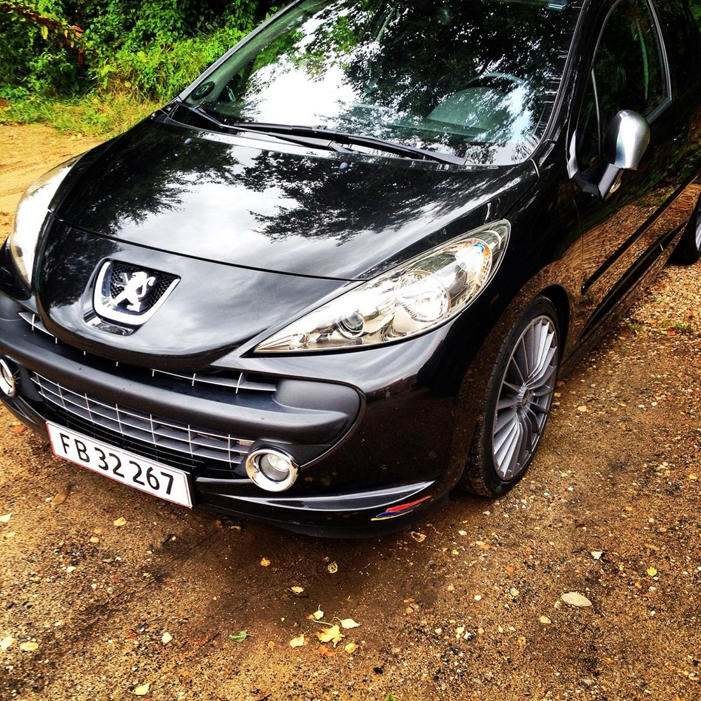 Peugeot 207 rc billede 1