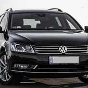 VW Passat Variant 2.0 TDI Highline DSG 4Motion
