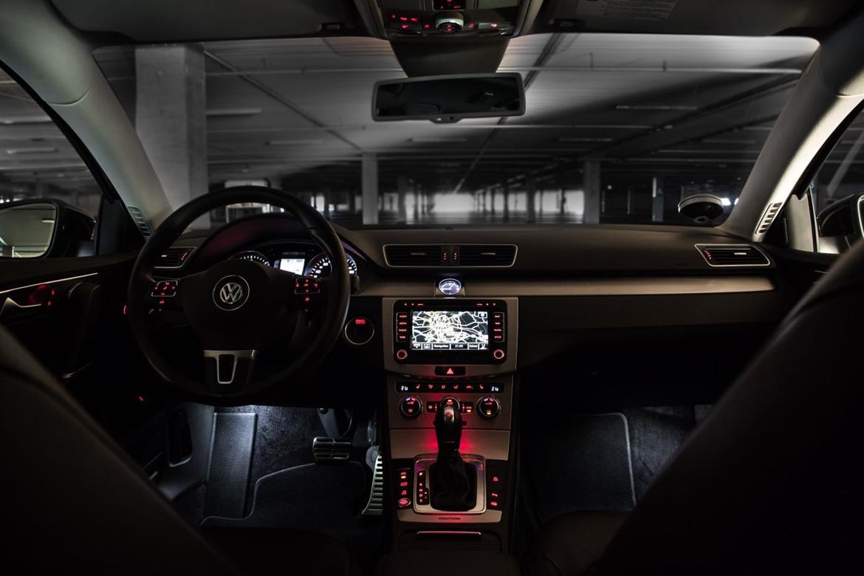 VW Passat Variant 2.0 TDI Highline DSG 4Motion billede 12