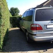 Ford Galaxy 1.9 TDi Ghia
