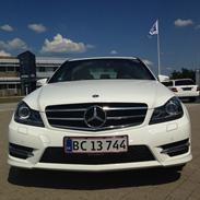 Mercedes Benz C200 amg styling