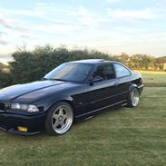 BMW E36 328i Coupe