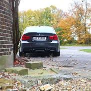 BMW e90 330d lci M-sport