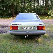 Opel Rekord E2