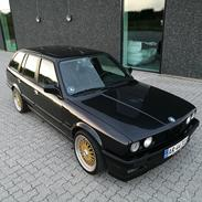 BMW E30 320i M50 Touring
