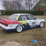 BMW 318is Youngtimer Touringcar Racer