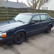 Volvo 940 2.3