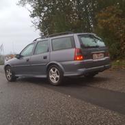 "Opel Vectra b stc ""containeren"" solgt"