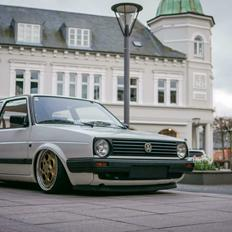 VW GOLF MK2 BY TSC // AIRLIFT & ACCUAIR