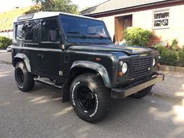 """Land Rover Defender 90"""""""