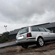 VW Passat 3BG