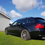 BMW 320D E91 Lci