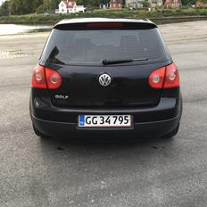 VW Golf V FSI