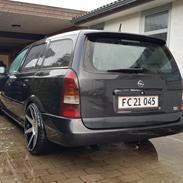 Opel Astra Caravan 2.0 Edition 100