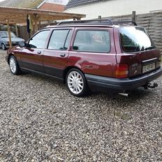 Ford Sierra CLX stationcar