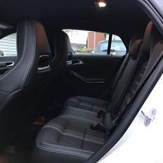 Mercedes Benz CLA 200 *Shooting Brake*