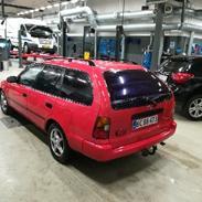 Toyota Corolla 1,6 XLI