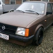 Opel Kadett D 1200n Lux.