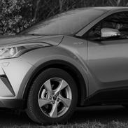 Toyota C-HR Limited Hybrid