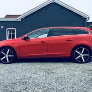 Volvo V60 D3 (model 2014)