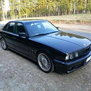BMW E34 525i/Alpina B10 3,3