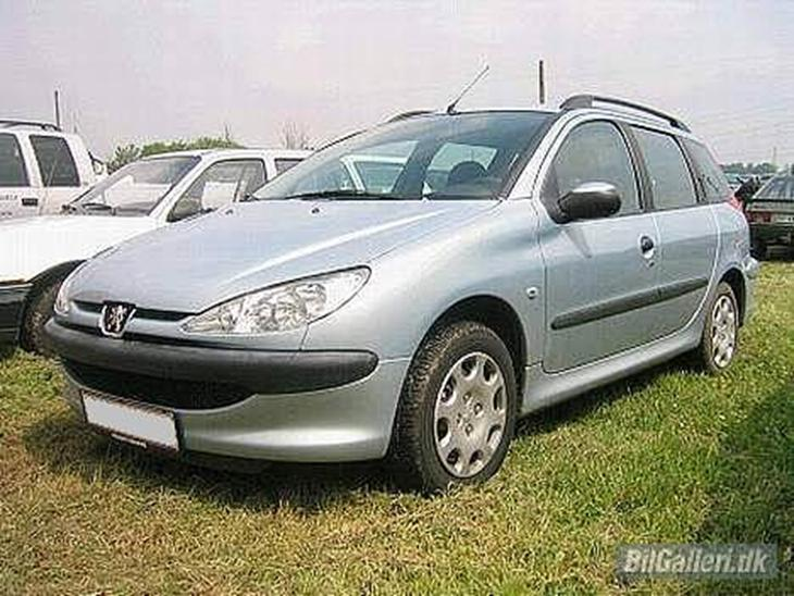 peugeot 206 sw 1 4 hdi til salg 2005 dejlig lille se pertekt til. Black Bedroom Furniture Sets. Home Design Ideas