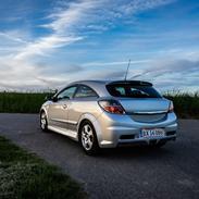 Opel Astra H GTC OPC 2.0Turbo