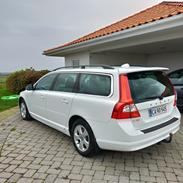 Volvo V70 2,4D Momentum Business