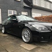 BMW E60 525xi