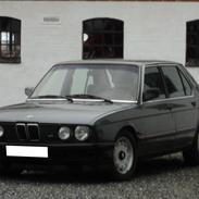 BMW E28 525eA