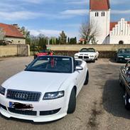Audi A4 Cabriolet  2,4 V6 Med FEED LYD