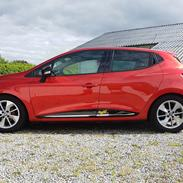 Renault Clio IV Limited 75