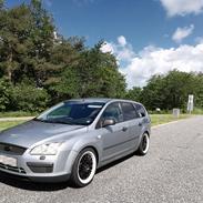 "Ford Focus II Turnier 1,6 TDCI - ""Familie vognen"""