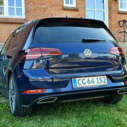 VW Golf 7.5 - Highline DSG7 EVO ACT