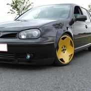 VW Golf IV  Optimus