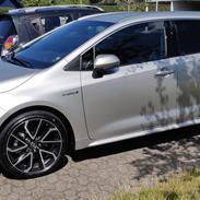 Toyota Corolla Touring Sport Hybrid H4