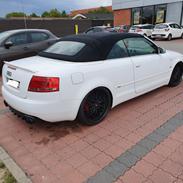 Audi A4 Cabriolet S-line 2,4 V6 Med FEED motor lyd