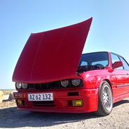 BMW E30 325 i Coupé