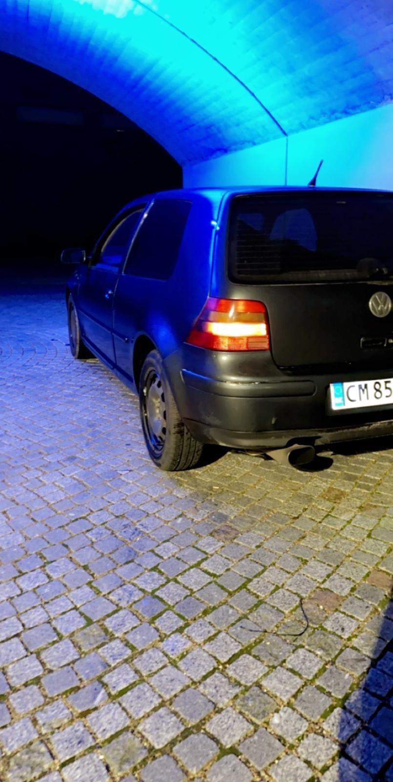 VW Golf 4 billede 1