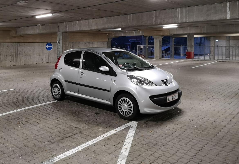 Peugeot 107 1,0 Comfort+ 5d billede 1
