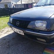 Opel Senator a2 solgt