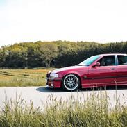 BMW E36 320i Sedan (SOLGT)