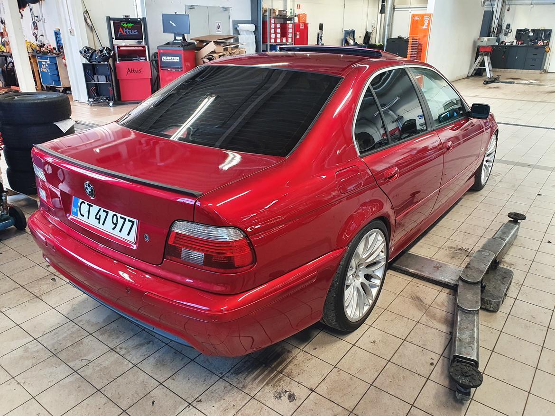BMW E39 523iA billede 5