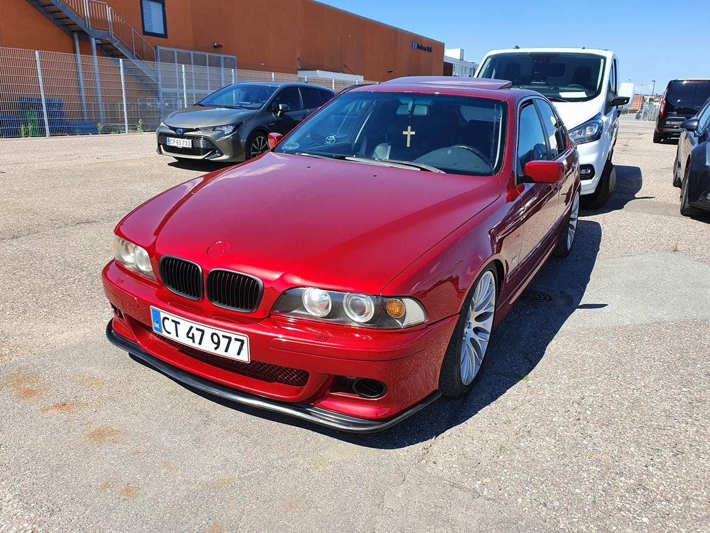 BMW E39 523iA billede 1