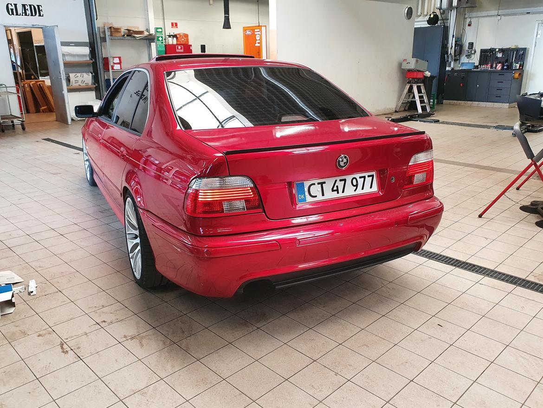 BMW E39 523iA billede 8